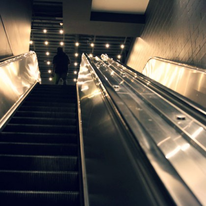 Escalator / Escalator